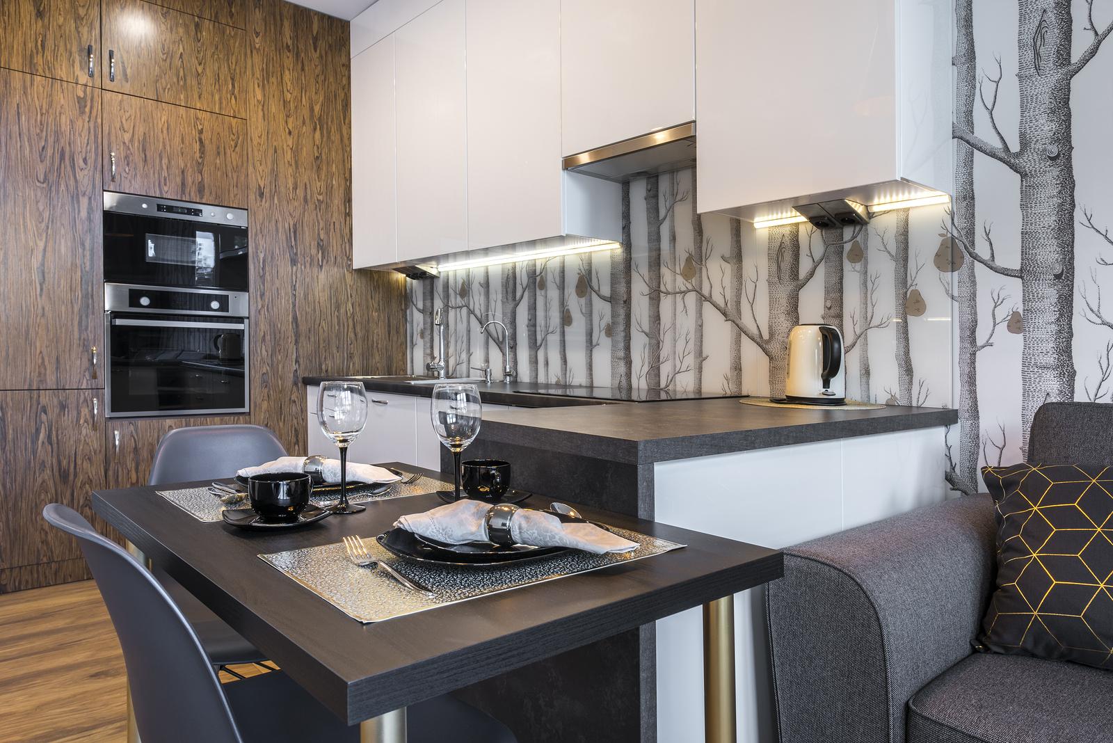 einraumwohnung einrichten praktische tipps wohn. Black Bedroom Furniture Sets. Home Design Ideas